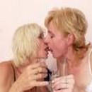 imagen viejas se emborrachan y comen sus coños