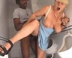 imagen vieja mujer de la limpieza enculada por un negro